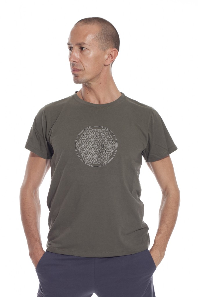 flower of life male t-shirt in olive green
